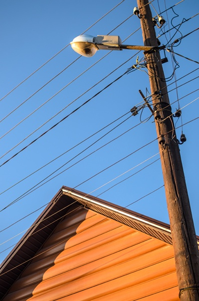 House with electric line